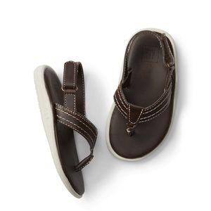 Gap Toddler boy sandals size 9/10